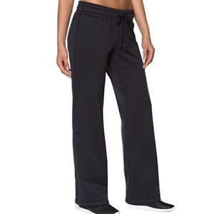 Under Armour Women's Black Sweatpants